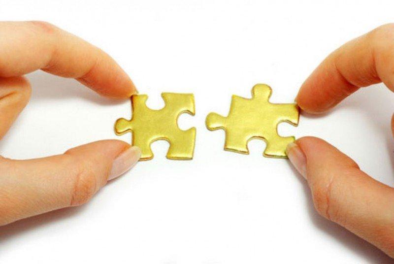 Las fusiones buscan ser más eficientes en costes y crear valor para sus accionistas.