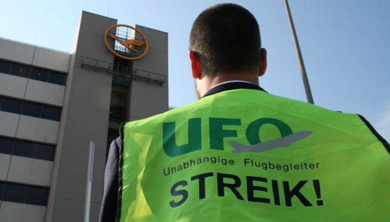 Los tripulantes de Lufthansa reanudan la huelga esta semana