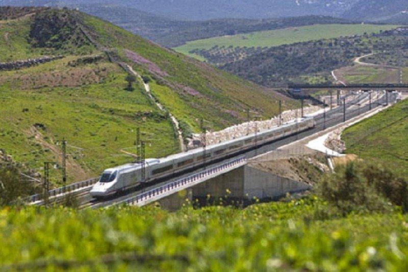 El mantenimiento del AVE a Levante, a concurso por 107,8 M €