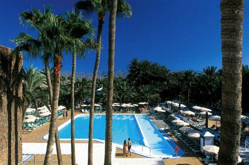 Empresarios canarios piden que se declare 'estratégica' la rehabilitación del hotel Oasis