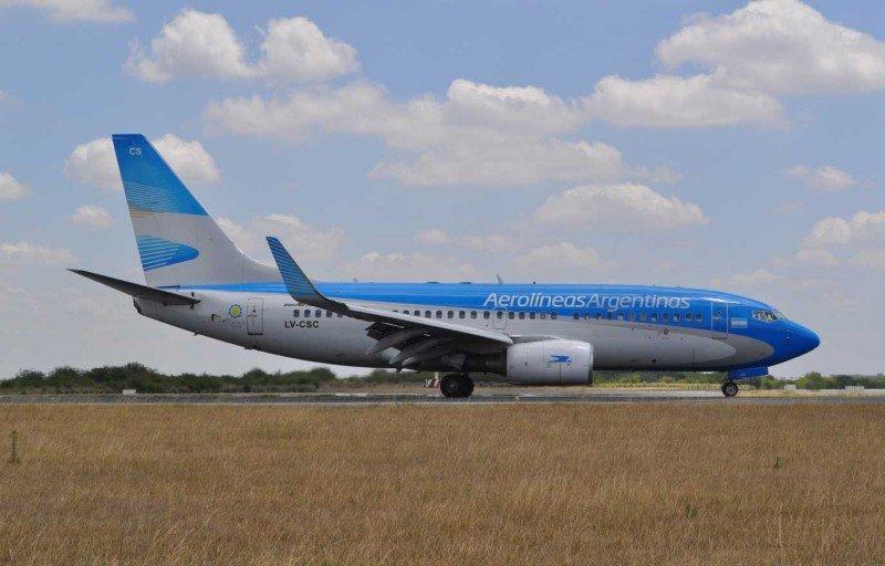 Aerolíneas Argentinas reduce su déficit operativo casi 66% en nueve meses