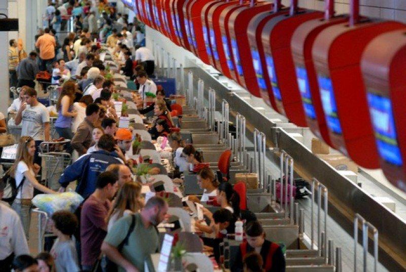 IATA pide al gobierno de Brasil que no deje caer el transporte aéreo