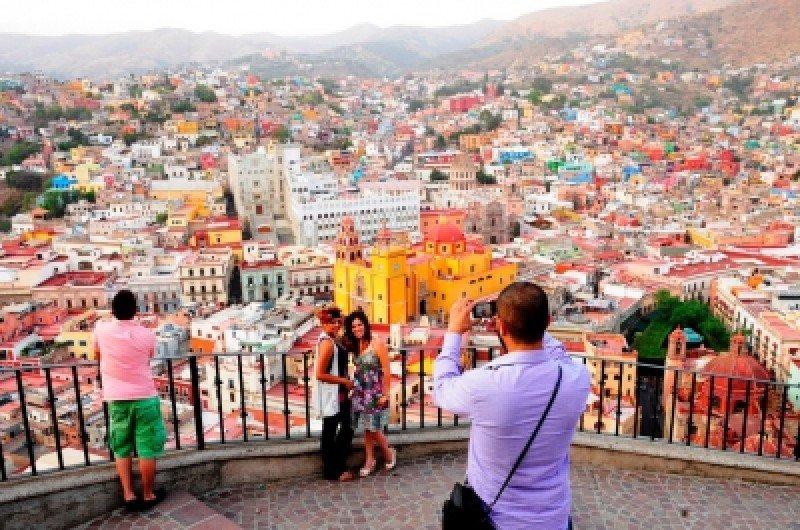Se estima que serán 31 millones de turistas extranjeros.