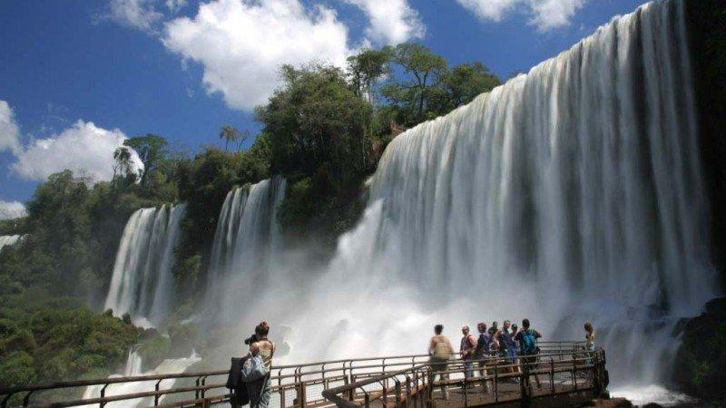 Los fines de semana largos aportan el 14% del movimiento por turismo interno.