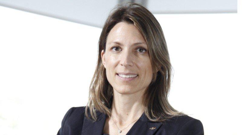 Isela Costantini, CEO de General Motors de Argentina, ha aceptado el ofrecimiento del electo presidente Mauricio Macri (Foto: Revista Apertura).