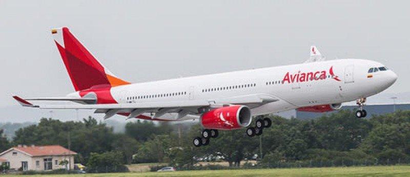 Un avión de la aerolínea colombiana Avianca.