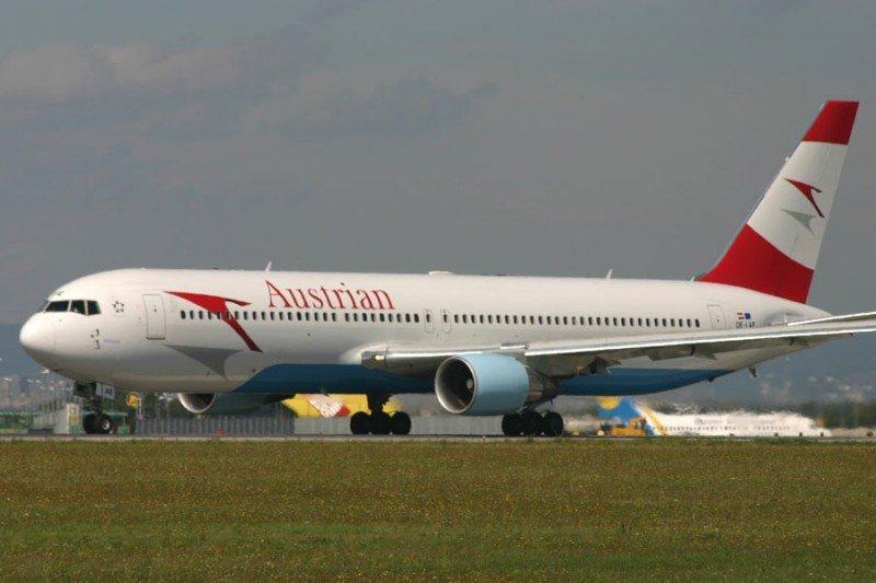 Boeing 767 de Austrian Airlines, aerolínea dle grupo Lufthansa (Foto archivo).