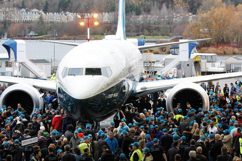 El Boeing 737 MAX 8 operará su primer vuelo a principios de 2016