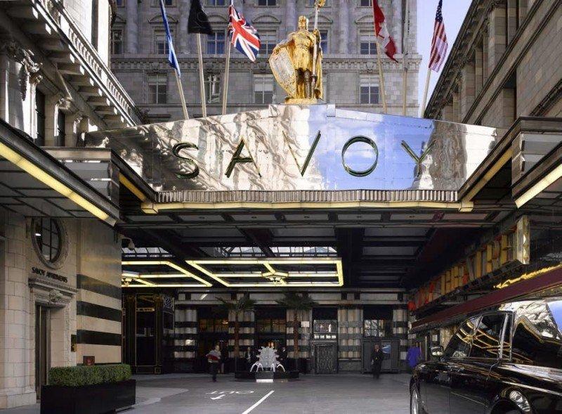 Accor compra la propietaria de las marcas hoteleras Fairmont, Raffles y Swissôtel