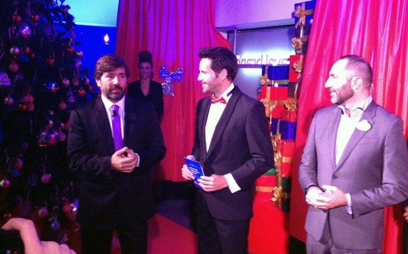 Gabriel Subías, CEO de Viajes Braceló (Izda.), junto a Javier Moreno, director general de Disneyland Paris para el Sur de Europa (Dcha.) durante la presentación de la nueva tienda.