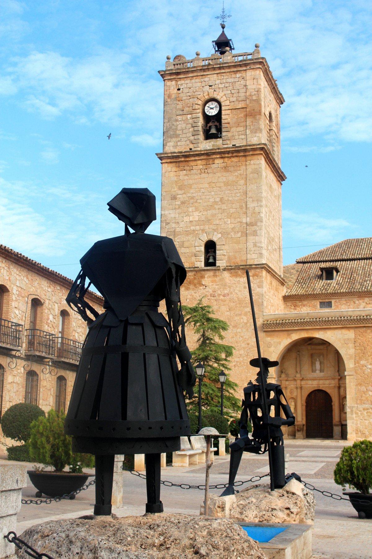 Cuatro municipios de la región han unido sus recursos culturales y gastronómicos para ofrecer la ruta turística 'País del Quijote'.