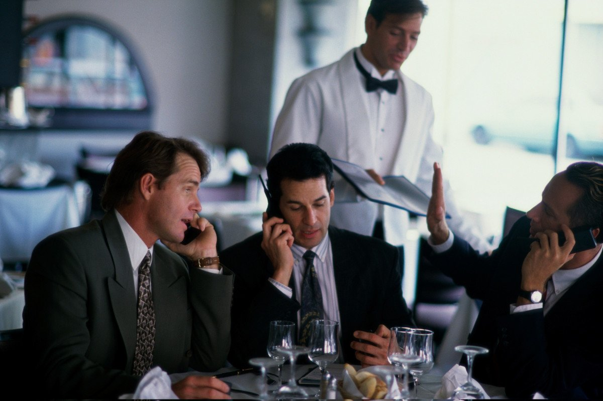 La favorable evolución del empleo es una de las causas que ha impulsado el consumo en los restaurantes.