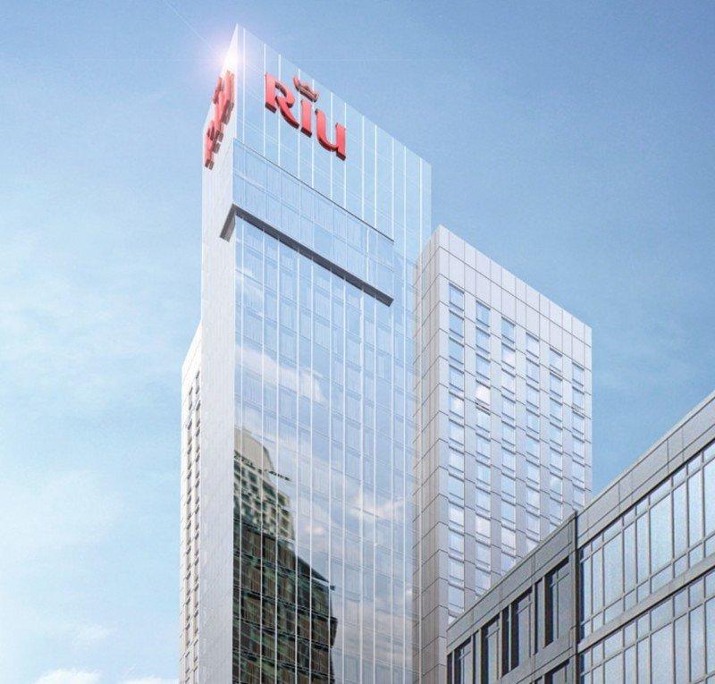 El Riu Plaza New York Times Square abrirá en enero.