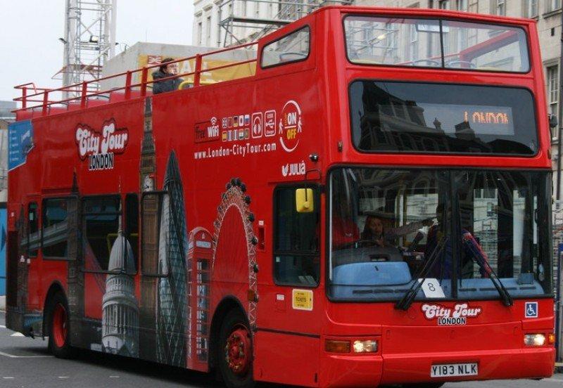 Grupo Julià planea llevar su bus turístico a Roma, Río, Dubai, París y Boston