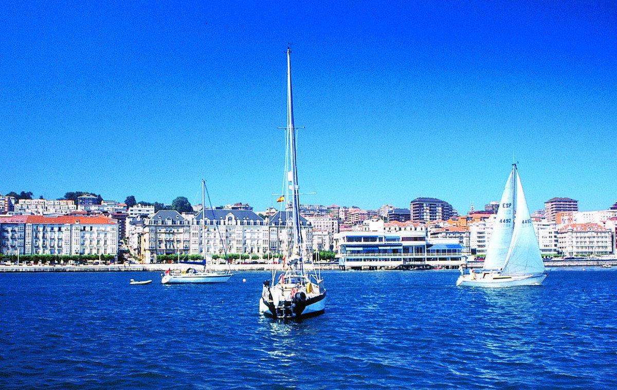 Los ciudadanos siguen percibiendo la ciudad como un destino de mar y playa.