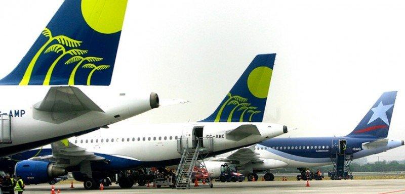 Vuelos de Latam Airlines y Sky sufrirán atrasos por paro en aeropuertos Chile