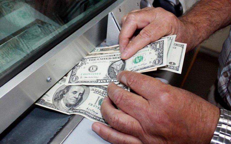 Fin del cepo cambiario: Argentina libera la compra y venta de dólares