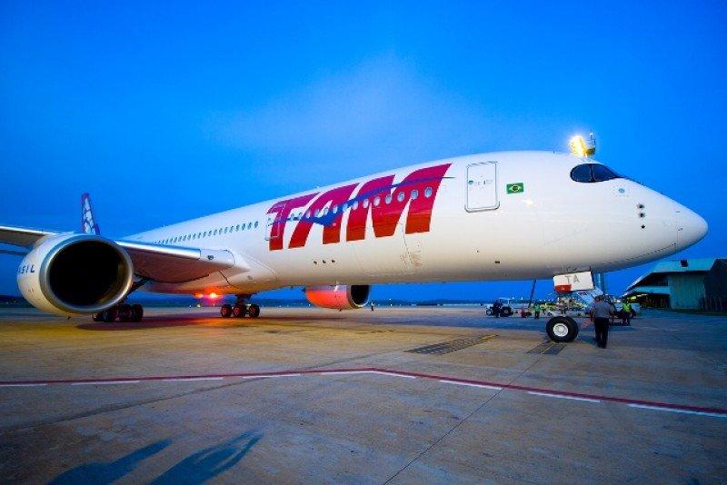 El nuevo TAM A350 XWB voló desde la fábrica de Airbus en Toulouse (Francia) a Belo Horizonte. Foto: Lucas Ulhôa