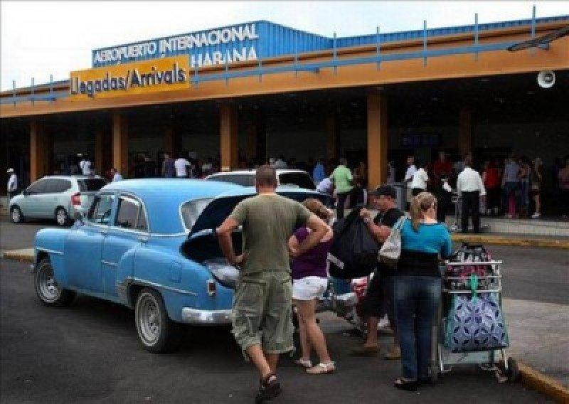 Prevén pérdidas en líneas chárter por acuerdo de vuelos comerciales EEUU-Cuba