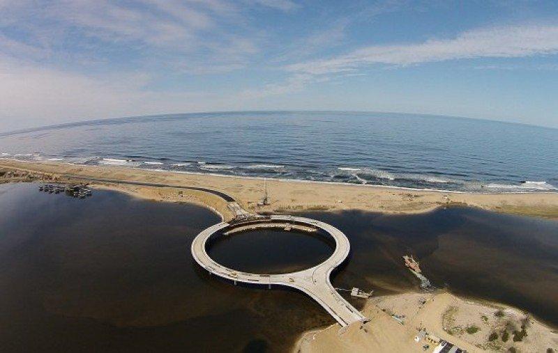 Inauguran puente en Laguna Garzón y lanzan temporada de verano en Rocha