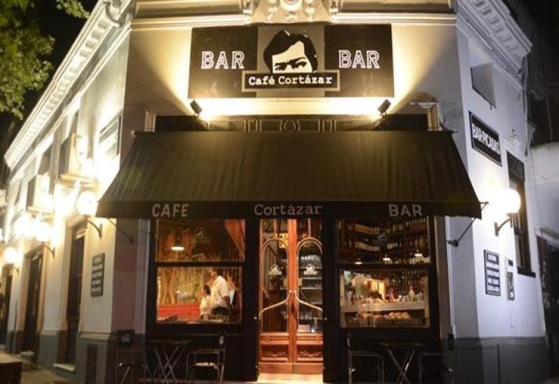 Café Cortazar.