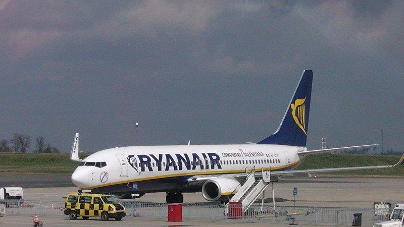 Ryanair supera en 2015 la barrera de los 100 M de pasajeros