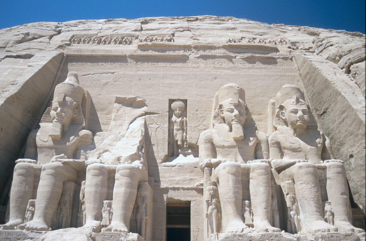 Egipto perdió un 38% de sus turistas tras el siniestro del avión ruso