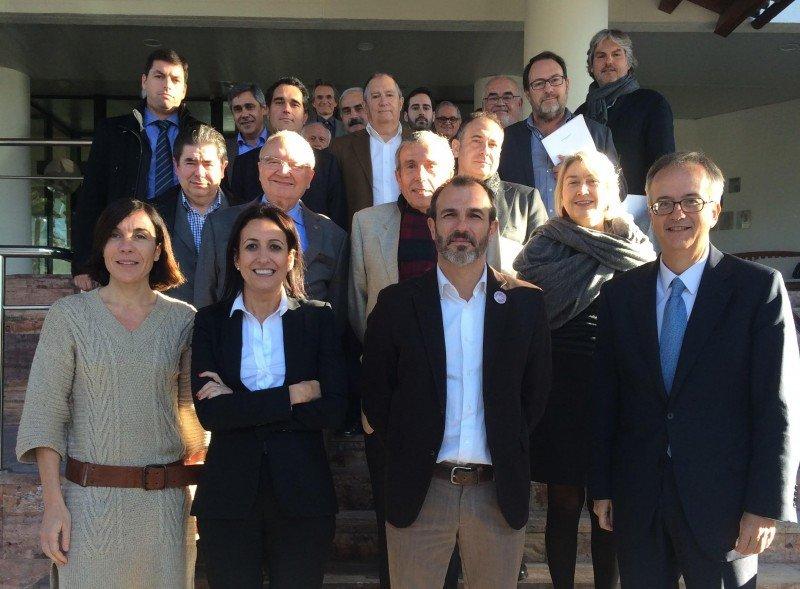 Encuentro de los hoteleros de la ACH con el consejero responsable de política turística, Biel Barceló.