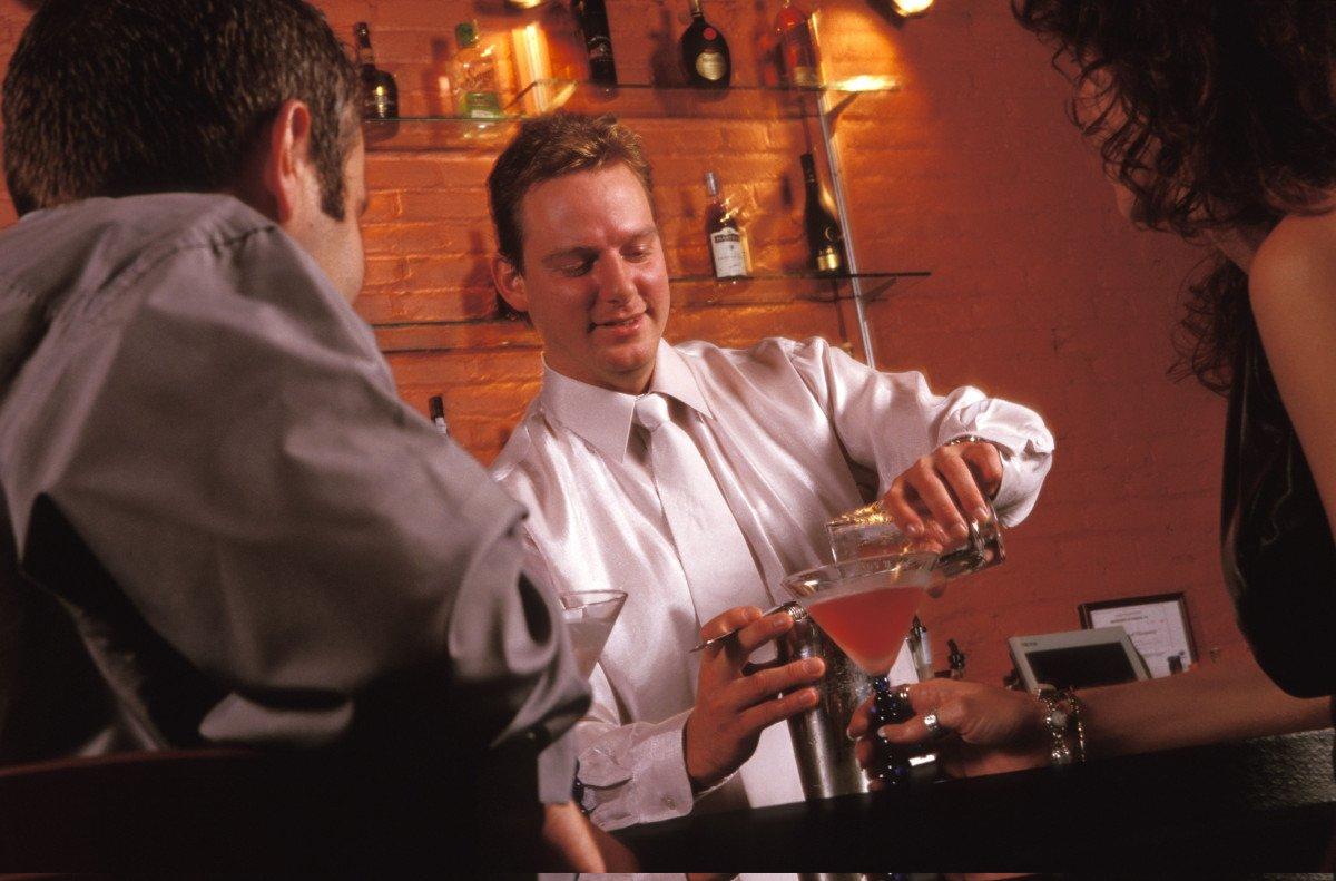 El sector de la hostelería creó 576 negocios, un 9,6%, con  más.