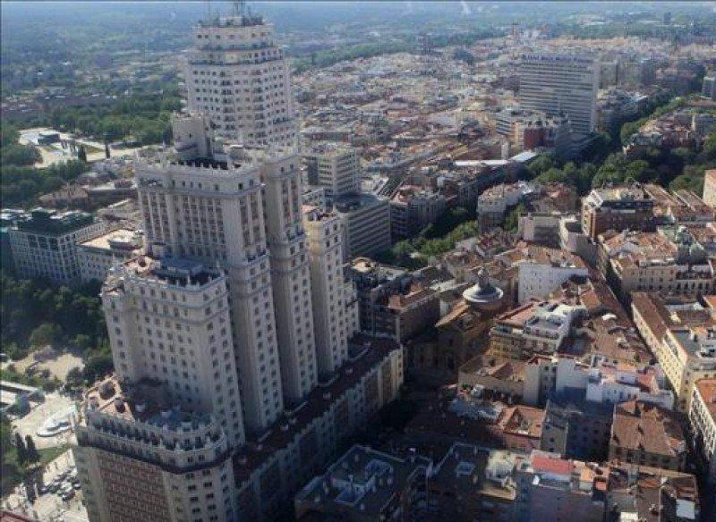Wanda niega su retirada del Edificio España