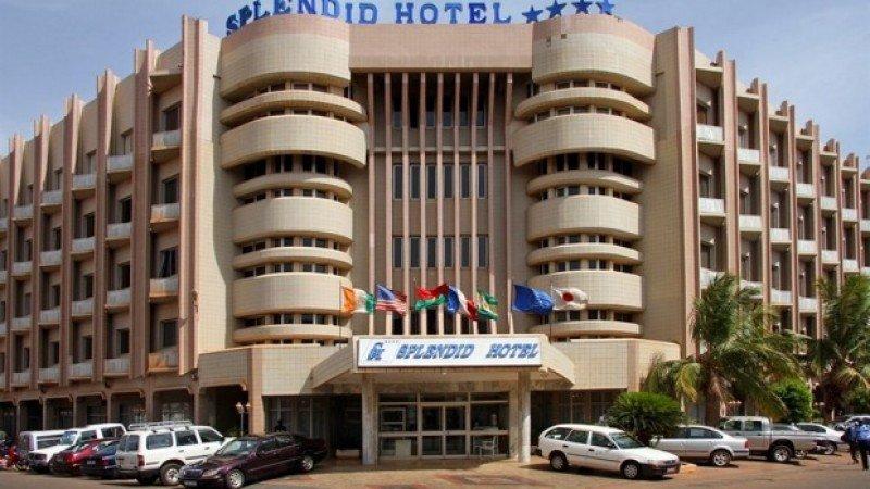 El hotel donde actuaron los terroristas.