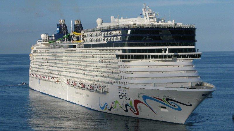 El Norwegian Epic tiene Barcelona como puerto base.