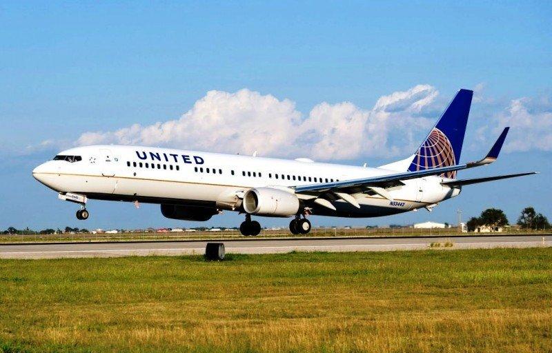 United Airlines ganó casi siete veces más en 2015