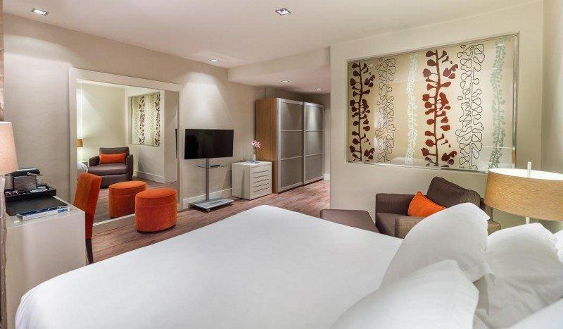 Las habitaciones superiores tienen 30 metros cuadrados de superficie y productos exclusivos.