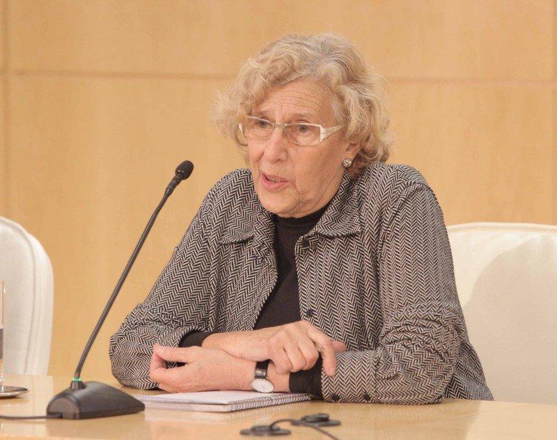 La alcaldesa de Madrid, Manuela Carmena, durante su comparecencia.