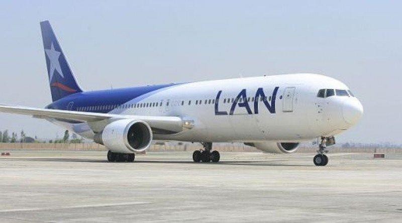Latam ya opera el primer vuelo a Montevideo de la conexión con Lima