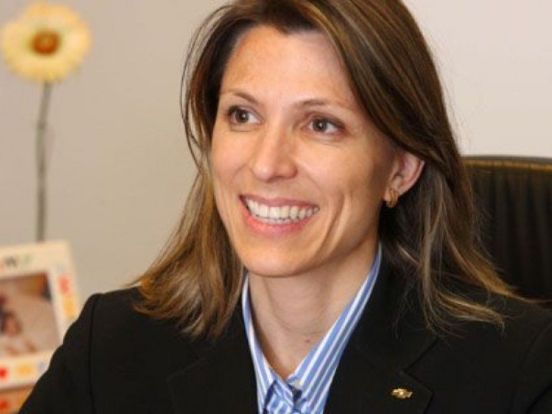 Isela Costantini.