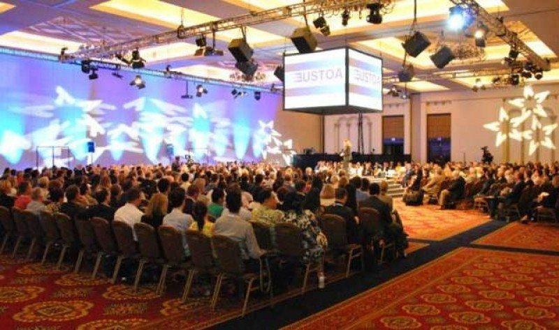 Miembros de USTOA en la última edición de su conferencia anual, celebrada en Chicago.