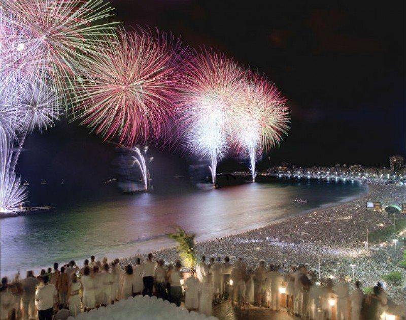 Año Nuevo en Rio: vestimenta blanca y un excepcional espectáculo.