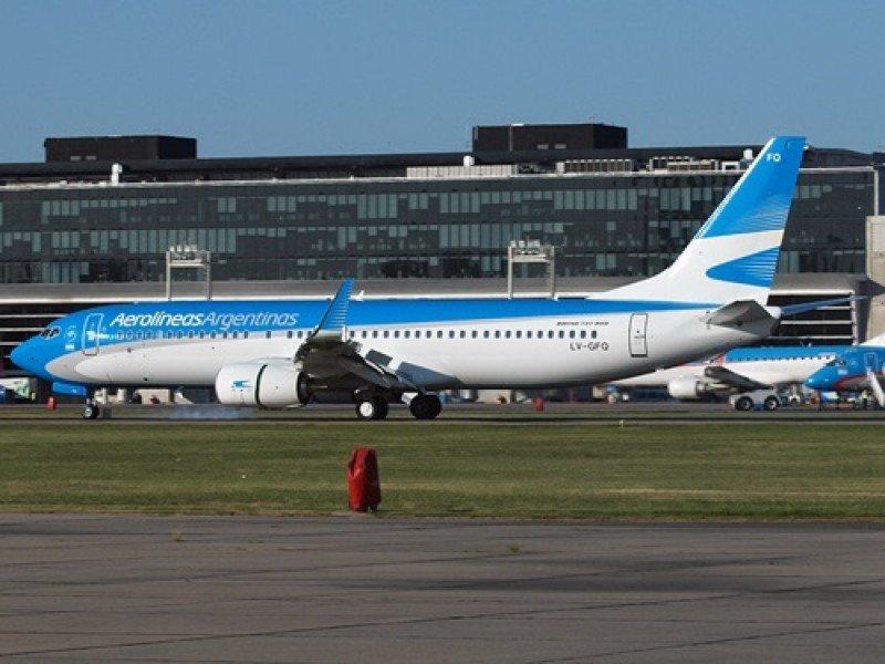 Aerolíneas Argentinas recibió un nuevo Boeing 737-800.