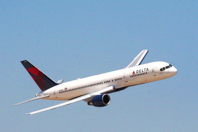 La caída del precio del combustible multiplica las ganancias de las aerolíneas de EEUU