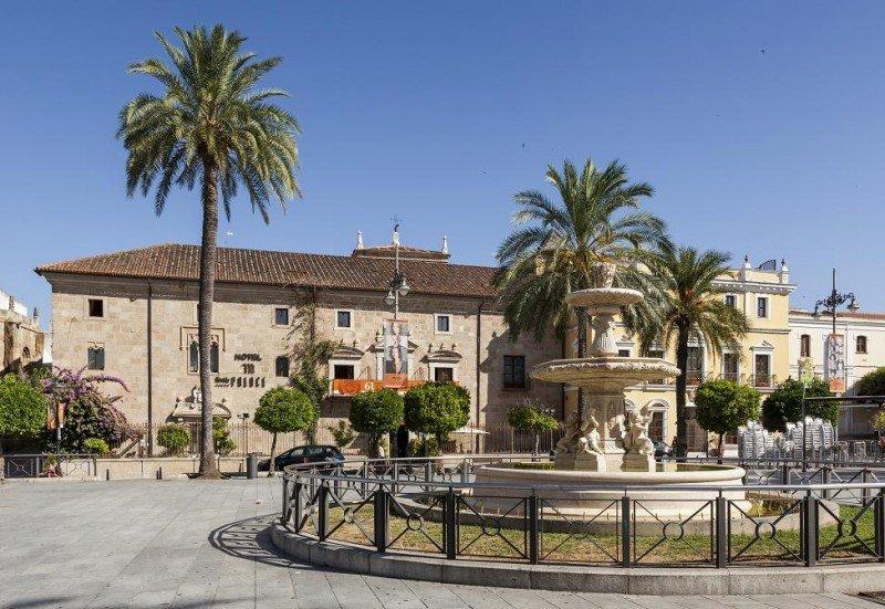 El Ilunion Mérida Palace, ubicado en el centro neurálgico de la ciudad, es el primer 5 estrellas de la cadena.