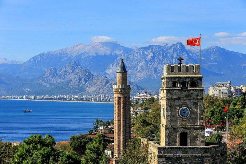 Más de 1.300 hoteles a la venta en Turquía tras el desplome del destino