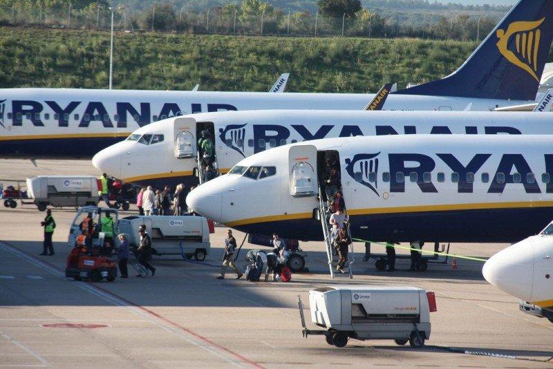 Ryanair abre en invierno siete nuevas rutas desde Barcelona y una desde Sevilla (Aeropuerto de Girona Foto: arabalears).