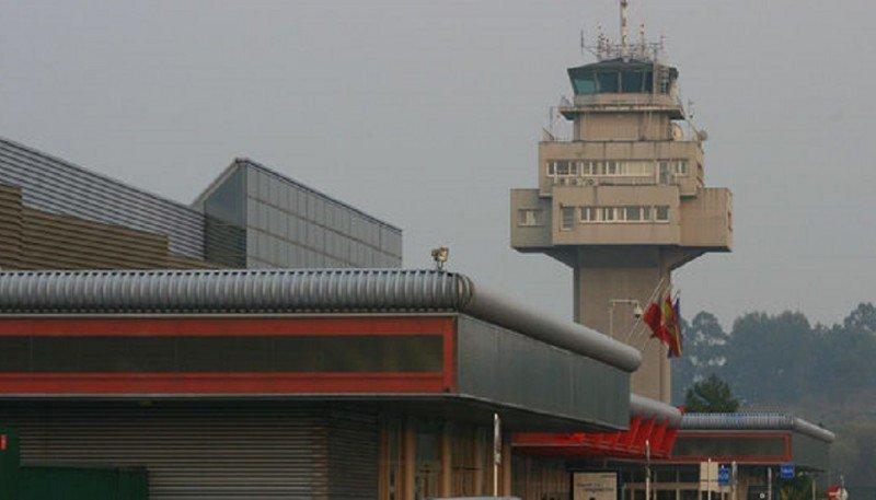 Un rayo inutiliza la torre de control del Aeropuerto de Santander