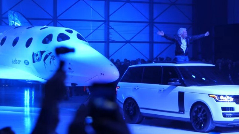 Virgin Galactic relanza el nuevo SpaceShipTwo para vuelos espaciales (vídeo)