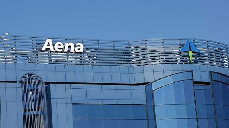 Aena gana más de 830 M € en 2015, un 74,2% más
