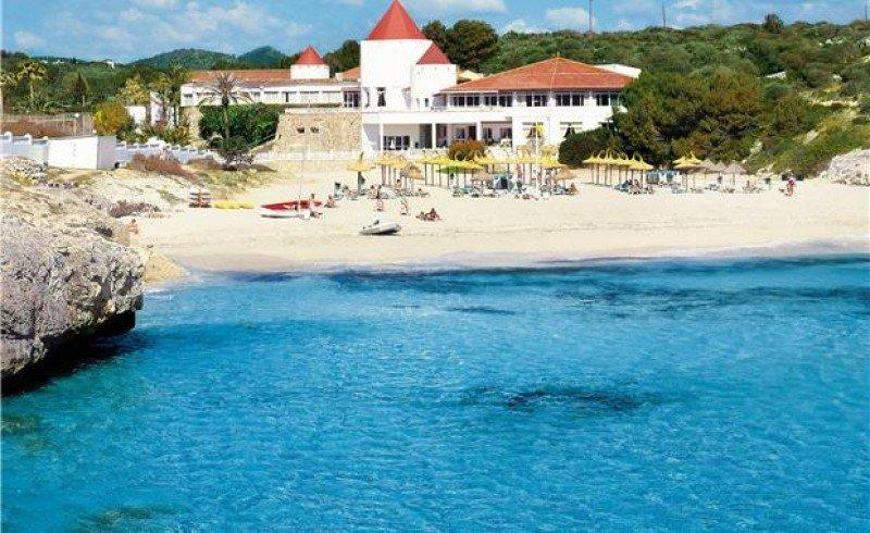 El ClubHotel Riu Tropicana pasará a ser gestionado por Iberostar con su marca Olé Hotels.