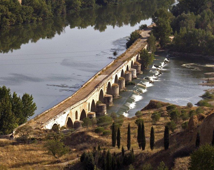 El 84,8% de los turistas de Castilla y León viaje por ocio, vacaciones y recreo.