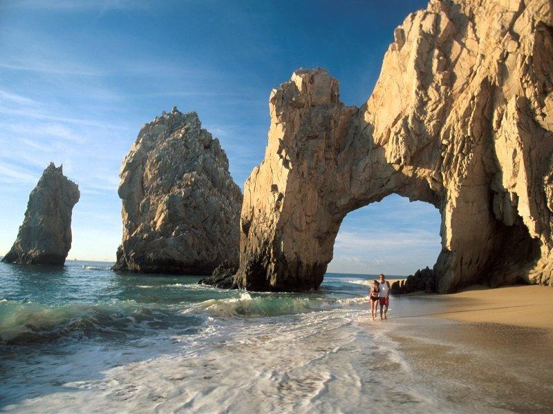 Los Cabos es el nuevo destino al que los turistas ingleses podrían acceder en vuelos directos.